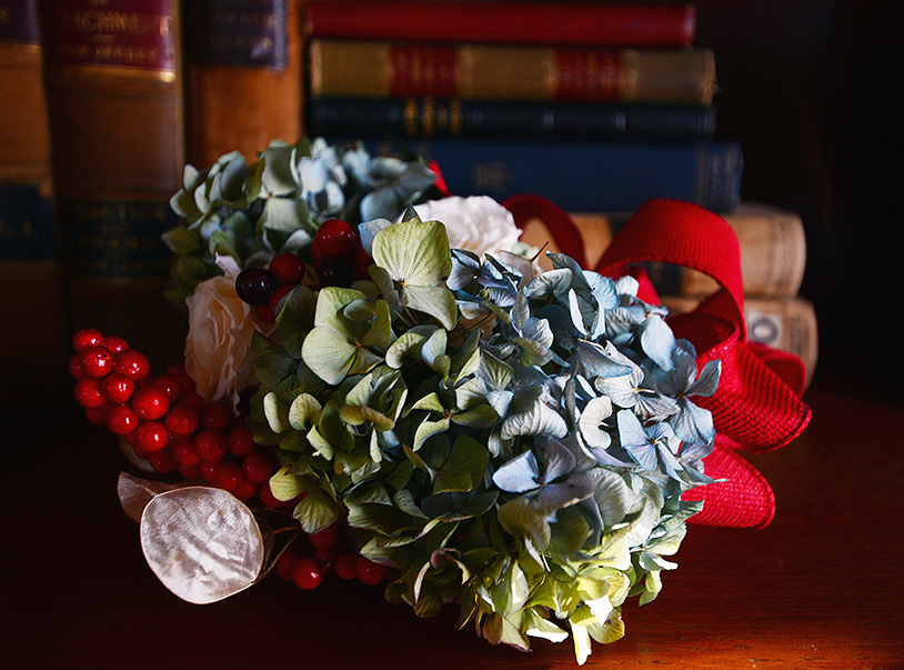 JH Drumwacket holiday decor library hydrangea
