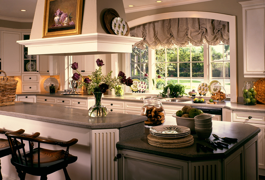 Southern style butlers of far hills for Southern style kitchen ideas